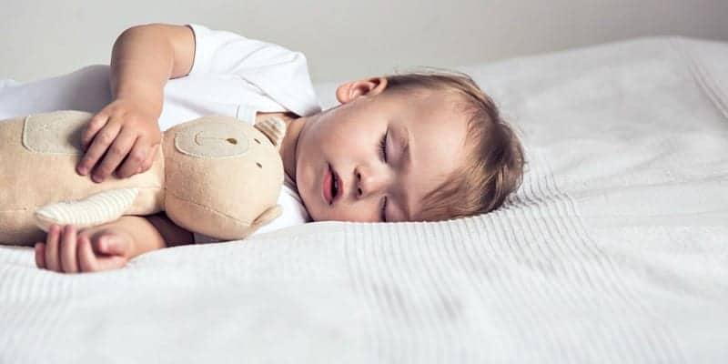Fëmija në jastëk